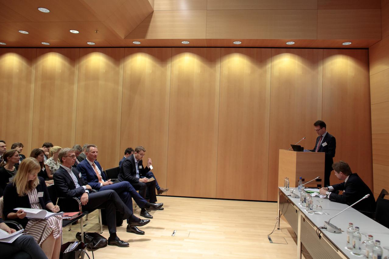 La troisième journée du droit de la concurrence a réuni une cinquantaine de personnes intéressées par l'actualité du secteur. (Photo: Matic Zorman)