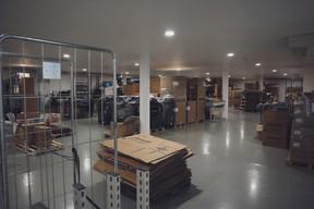 Le bâtiment comporte également une grande salle de stockage. ((Photo: DSL))