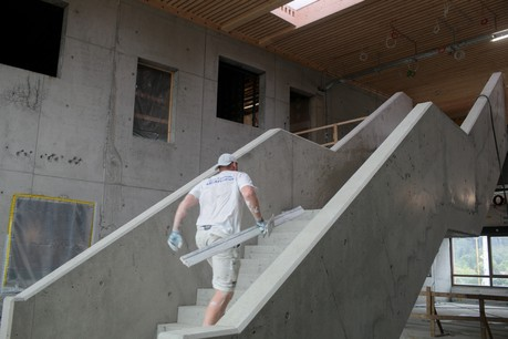 Parmi les gros chantiers en cours à Dudelange, il y a le complexe scolaireLenkeschléi, dont la livraison est attendue en janvier2021. (Photo: Matic Zorman)