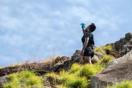 Quel que soit le temps, si vous partez pour plus d'une heure, pensez à vous hydrater pendant l'effort. (Photo: Shutterstock)