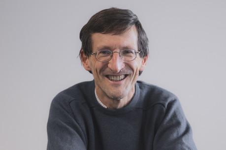 Etienne de Callataÿ estime que les économistes doivent se livrer avec prudence à l'exercice d'anticipation. (Photo: Jan Hanrion/Maison Moderne)