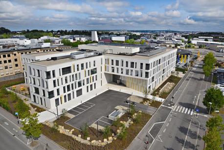 L'immeuble Dyapason a été choisi pour accueillir les équipes d'Edmond de Rothschild à la Cloche d'Or. Photo:CBRE, Foyer