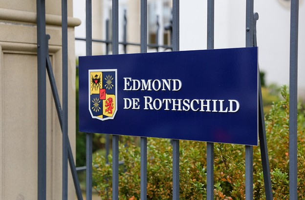 Edmond de Rothschild est au cœur d'une nouvelle affaire judiciaire: un ancien CEO de Rosneft lui réclame 100 millions d'euros à New York, comme c'est le cas au Luxembourg depuis 2017 et en Suisse. (Photo: Romain Gamba / Maison Moderne)