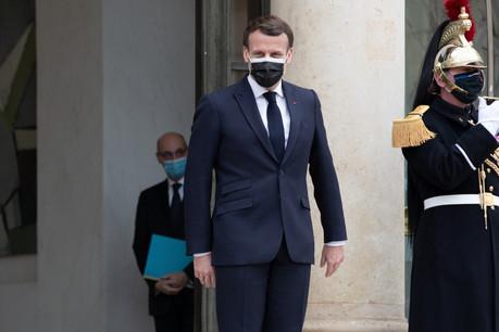 Le président Macron doit se poser des questions sur la popularité de son parti, La République en Marche. (Photo: Shutterstock)