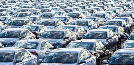 Le nombre d'immatriculations de véhicules particuliers a chuté de 18,6% en 2020. (Photo: Shutterstock)