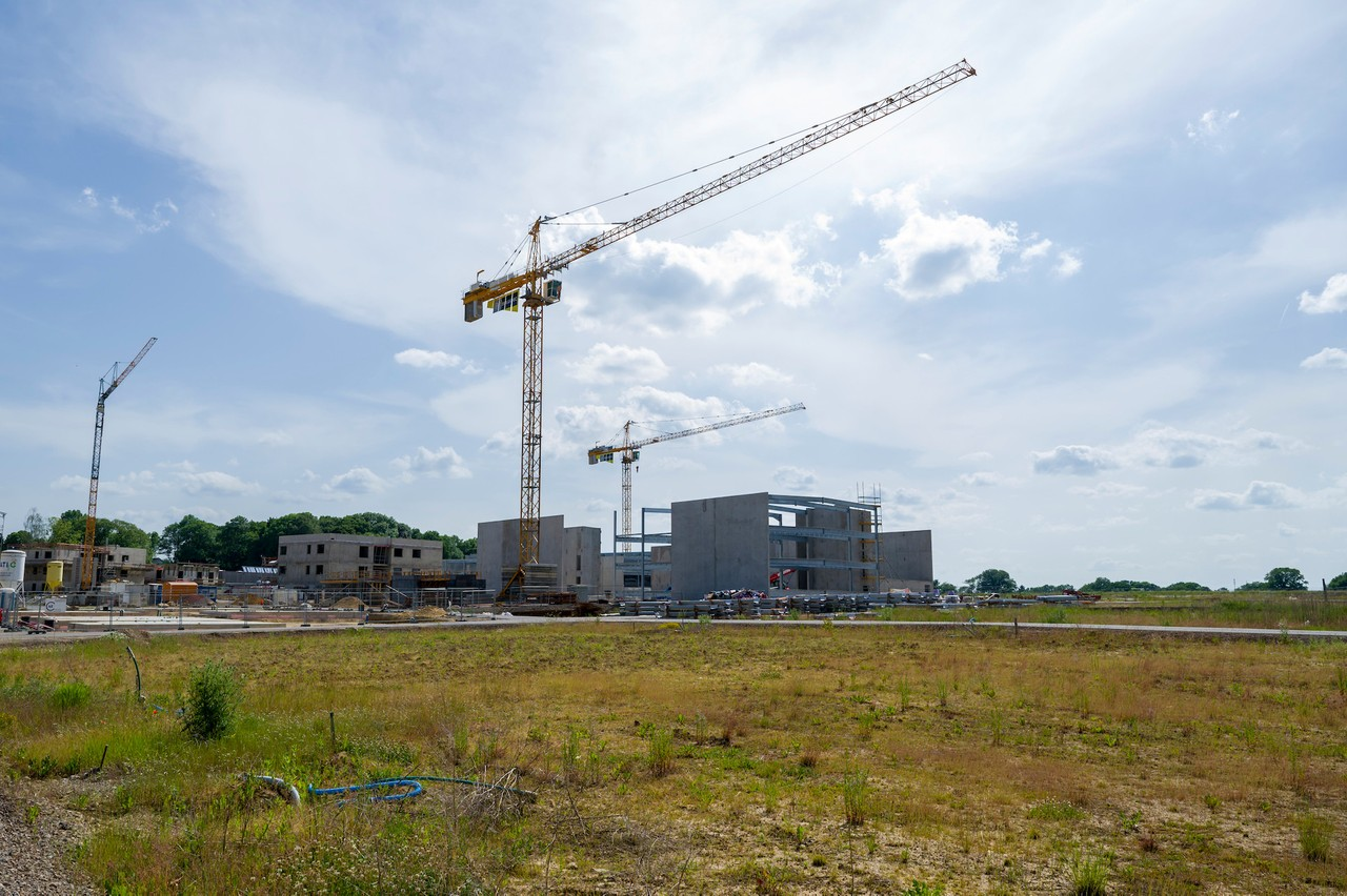 The first buildings on the Elmen construction site are starting to emerge from the ground. (Photo: SIP / Jean-Christophe Verhaegen)