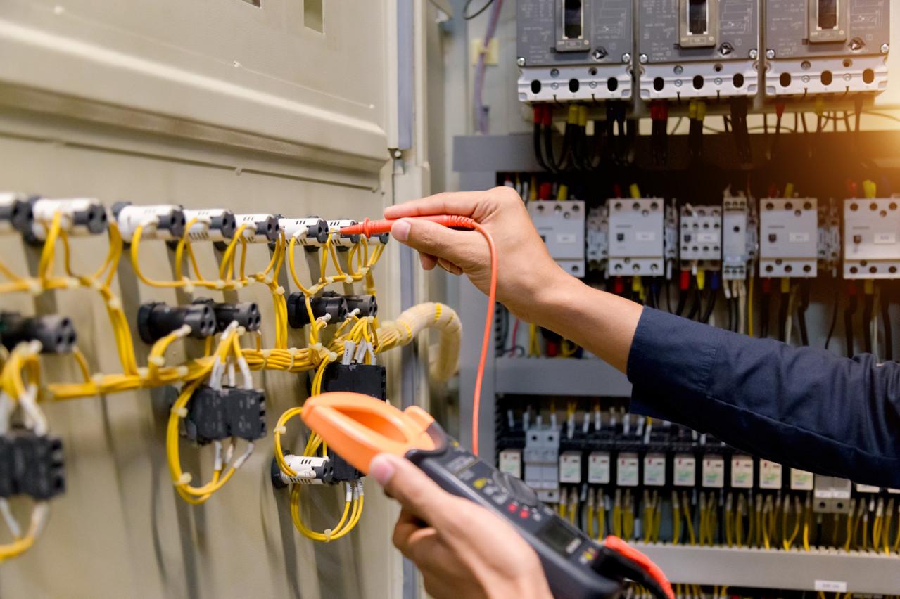Le domaine de l'installation électrique contribue grandement aux bons chiffres dans le secteur de la construction. (Photo: Shutterstock)