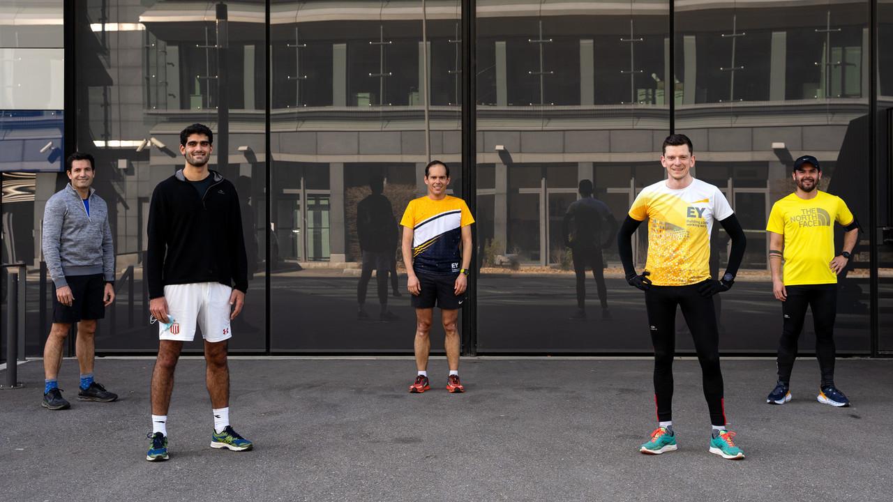 Un groupe à géométrie variable chez EY Luxembourg, mais l'idée est de monter un vrai «running club EY». (Photo: DR)