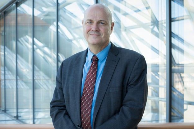 PatrickKlaedtke nous informe sur la situation du télétravail à la BEI, où il esthead of corporate services. (Photo: BEI)