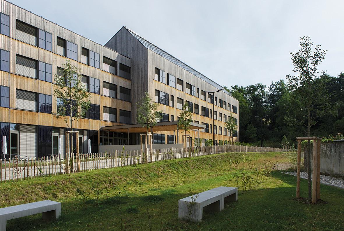 Vue du Lycée technique pour professions de santé à Ettelbruck. (Photo: ChristianAschman)
