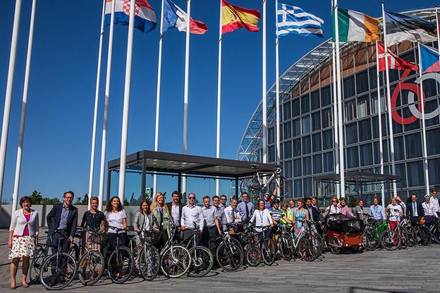 Pour la deuxième année consécutive, la BEI (Banque européenne d'investissement) avait remporté l'action «Mam Vëlo op d'Schaff» en 2018.  (Photo: BEI)