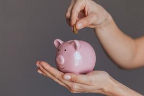 Le taux d'épargne des ménages a signé un rebond jamais vu en Europe au premier trimestre, selon les premières données d'Eurostat. (Photo: Shutterstock)