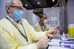 La campagne de vaccination se poursuit alors que l'épidémie poursuit son lent recul. (Photo: Sip)