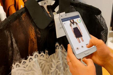 La start-up Veertus met à disposition des magasins une application permettant aux clients d'essayer virtuellement les vêtements depuis leur smartphone. (Photo: Veertus)