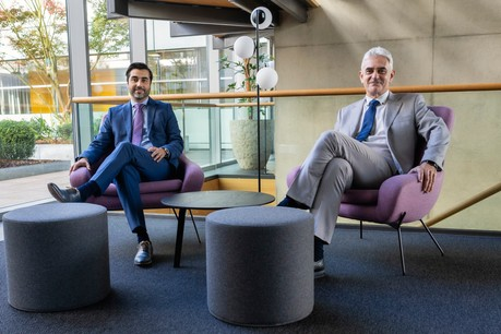 Filipe Carneiro, Head of Distribution – Local Market, et Pierre Dubru, Directeur Développement Vie pour Bâloise Assurances Luxembourg. (Crédit Photo: Bâloise Assurances Luxembourg)