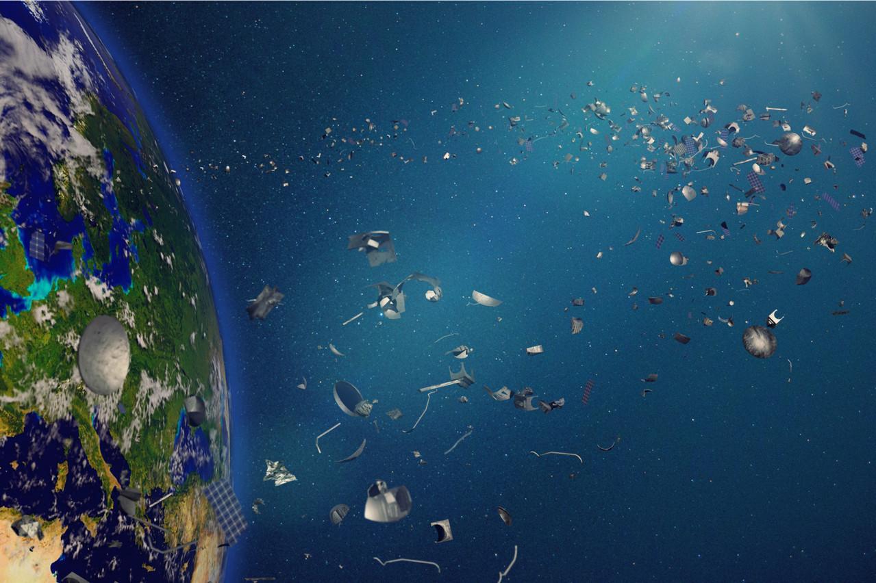 Avec 20.000 débris en orbite, la perspective d'assister aux lancements de milliers de satellites dans les années à venir implique une nouvelle organisation. Une start-up canadienne, partenaire du Luxembourg, disposera dans deux années de technologies de pointe dans l'espace. (Photo: Shutterstock)