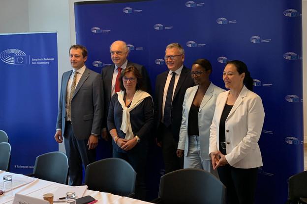 Les six députés européens lors de la conférence de presse au Foyer européen le 15 juillet 2019. (Photo: Paperjam)