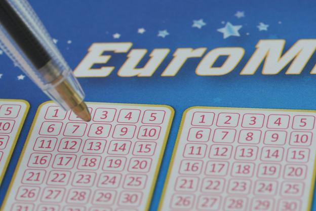 7 croix, 5 bons chiffres et 2 étoiles, et vous emporterez peut-être un montant de 200 millions d'euros. (Photo: Shutterstock)