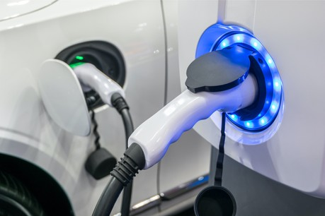 L'UE est loin de ses objectifs. Pour atteindre celui d'un million de bornes de recharge en Europe d'ici 2025, il faudrait installer 3.000 bornes par semaine. (Photo: Shutterstock)