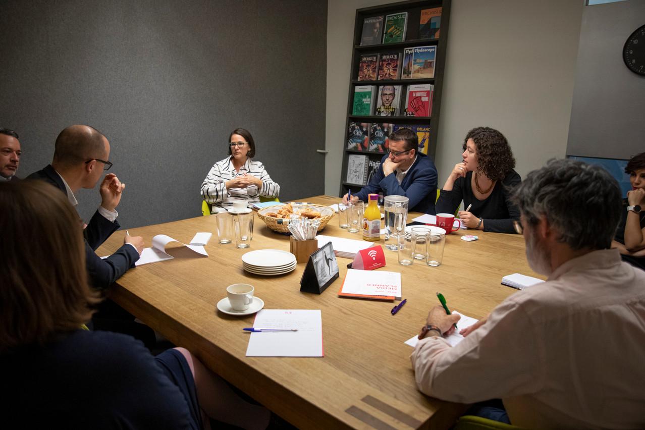 Elle a exposé le travail de l'équipe de Jean-Claude Juncker aux journalistes de Paperjam. (Photo: Patricia Pitsch/Maison Moderne)