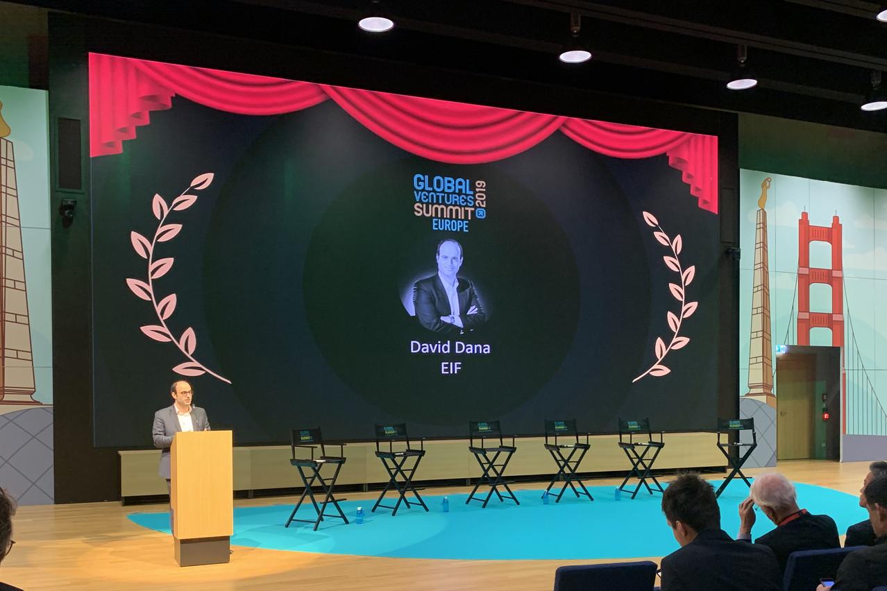 Le head of investment du FEI, DavidDana, présentait l'état des lieux du secteur du venture capital lors de du Global Ventures Summit, mercredi et jeudi à la Maison du savoir à Belval. (Photo: Paperjam)