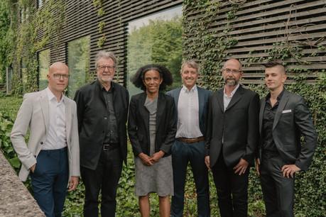 Frank Murawski, Christian Bauer, Sala Makumbundu,Guido Mertesdorf, Dany Reinert etSascha Reinert forment l'équipe de partenaires du bureau CBA. (Photo:Christian Bauer & Associés Architectes)