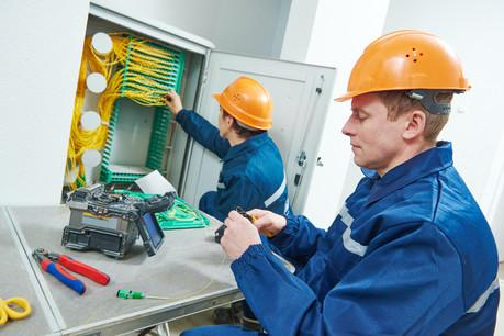 Faute d'audit certifié d'EY, Solutions30, spécialisée dans la pose de fibre optique et de compteurs intelligents, maintient les premiers résultats pour 2020 diffusés en fin d'année. (Photo: Shutterstock)