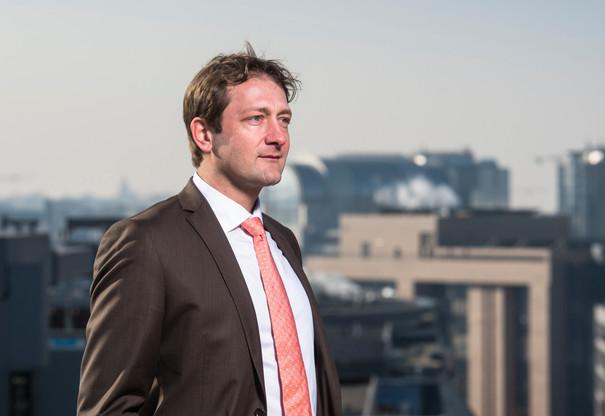 L'eurodéputé Christophe Hansen est également rapporteur de la Commission du commerce international pour l'accord commercial du Brexit. (Photo: Anthony Dehez/Maison Moderne)