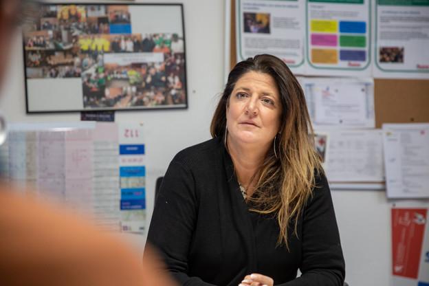 AlexandraOxacelay, directrice de Stëmm vun der Strooss, a su mobiliser ses équipes pour poursuivre son action sociale, tout en prenant toutes les précautions pour protéger leur santé. (Photo: Romain Gamba/Maison Moderne)