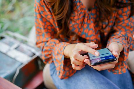 57% des posts les plus vus sur Facebook aux États-Unis viennent de la famille ou des amis et la plupart du temps ne comportent pas de liens externes, mais une photo ou une vidéo. (Photo: Shutterstock)