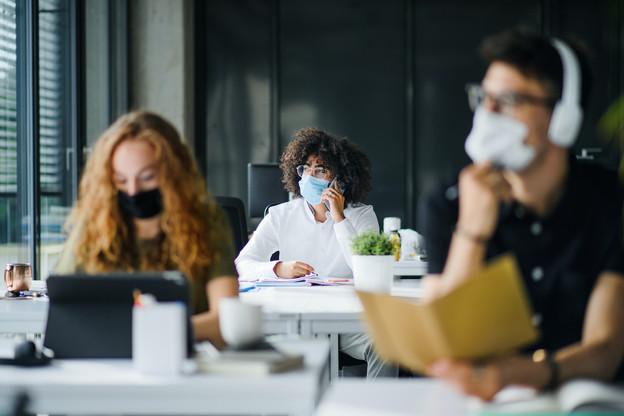 L'Institut Pasteur a mené une enquête, en France, auprès de 25.640 personnes infectées par le Covid-19. (Photo: Shutterstock)