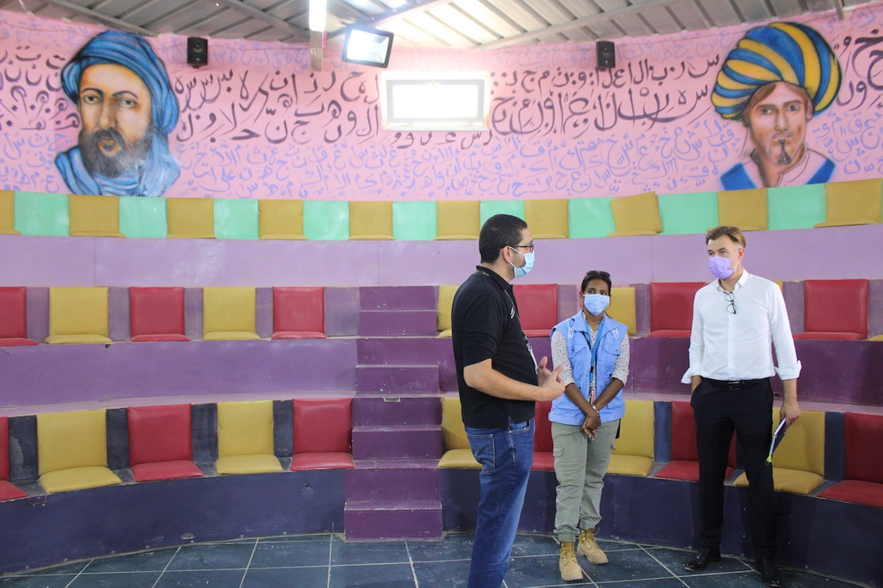 Franz Fayot is seen with aid workers from the CARE non-governmental organisation at a community centre they run in the Azraq refugee camp in Jordan. Photo: MAEE