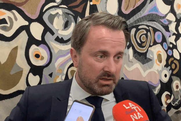 Xavier Bettel reste en contact permanent avec la famille de Félix Braz. (Photo: Paperjam)