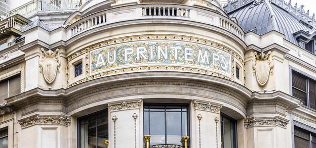 Enseigne emblématique, le premier magasin Printemps a été ouvert en 1865 à Paris. (Photo: Shutterstock)