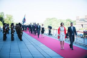 À droite, Marc Hansen (Ministre de la Fonction publique) ((Photo: Nader Ghavami))
