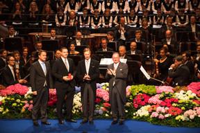 Xavier Bettel (Premier ministre), Tom Habscheid, record du monde au lancer de poids paralympique dans la catégorie F63 au Grand Prix de para-athlétisme à Dubaï, S.A.R. le Grand-Duc Henri, Fernand Etgen (Président de la Chambre des députés)  ((Photo: Nader Ghavami))