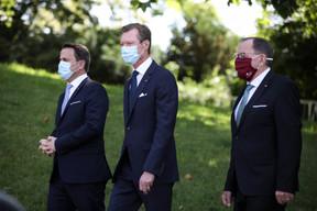 (de g. à dr.) Xavier Bettel, Premier ministre, ministre d'État ; S.A.R. le Grand-Duc ; Fernand Etgen, président de la Chambre des députés (© SIP / Sophie Margue, tous droits réservés)