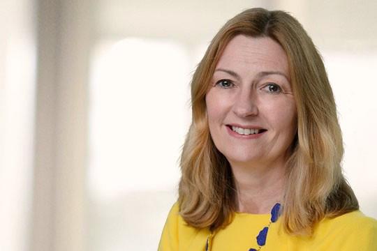 Anne Richards, CEO de Fidelity International, veut placer pères et mères sur un pied d'égalité. (Photo: Fidelity International)
