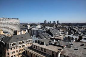 Depuis les toits, le Kirchberg se dévoile. ((Photo: Jan Hanrion / Maison Moderne))