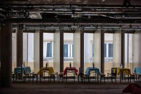 Dans ce qui sera bientôt un espace de bureaux. ((Photo: Jan Hanrion / Maison Moderne))