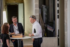 Romane Geisler (Maison Moderne), Christophe Lang (Tetra Kayser) et Darron Haylock (Foster+Partners) ((Photo: Jan Hanrion / Maison Moderne))