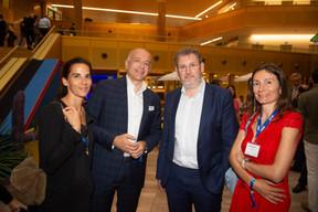 À gauche, Franck Esclozas (Founder de B4Finance) et  Gabriela Paciu (CEO de B4Finance) à droite ((Photo: Anthony Dehez))