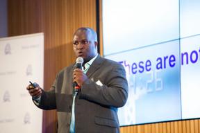 Livingstone Mukasa (CEO de Four One Financial Services Limited) ((Photo: Anthony Dehez))