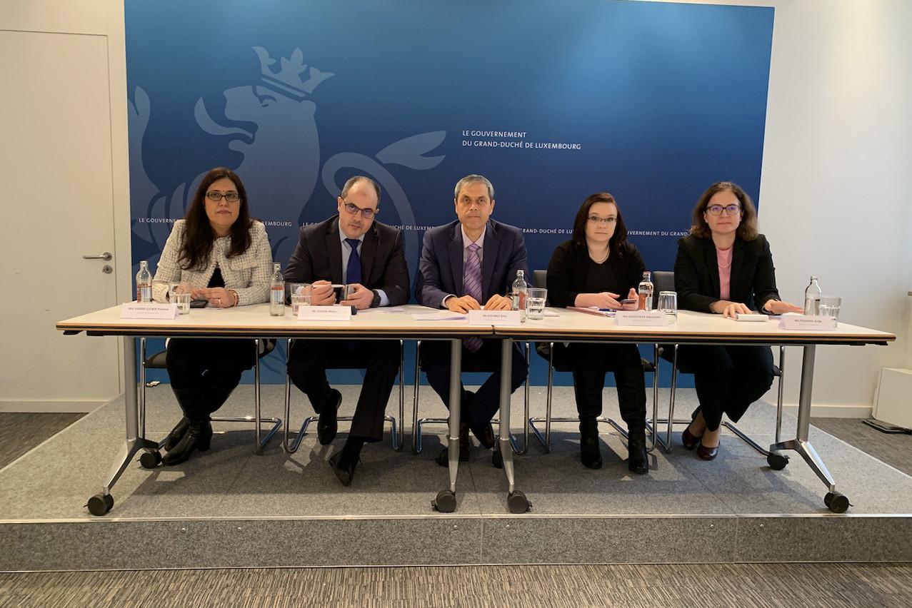Emil Stavrev et les quatre autres experts du FMI saluent la prochaine réforme fiscale et les efforts dans le secteur financier, tout en soulignant les défis du logement et de la perte de recettes fiscales qui suivraient un changement des règles internationales sur les multinationales. (Photo: Paperjam)