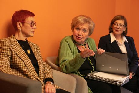 La présidente de la FNFL, AstridLulling (au centre), est prête à batailler aux côtés de sa secrétaire SylvieMischel et de la trésorière Marie-JoséeBivort. (Photo: Matic Zorman/Maison Moderne)