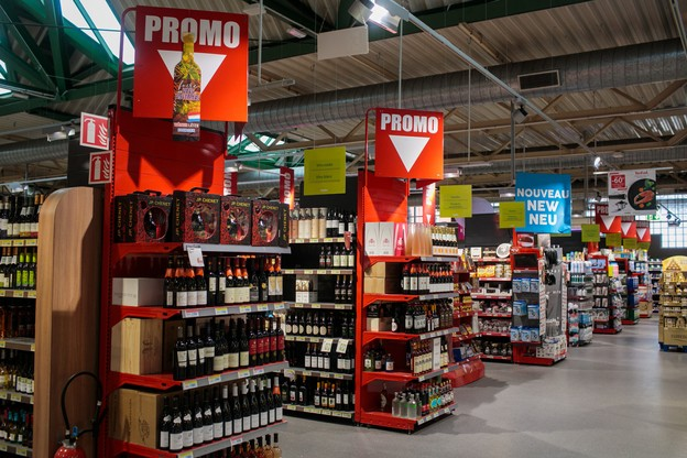 Pour la plupart des enseignes, la majorité des flacons en promotion sont achetés spécialement à l'occasion de la foire aux vins. (Photo: Matic Zorman/Maison Moderne)