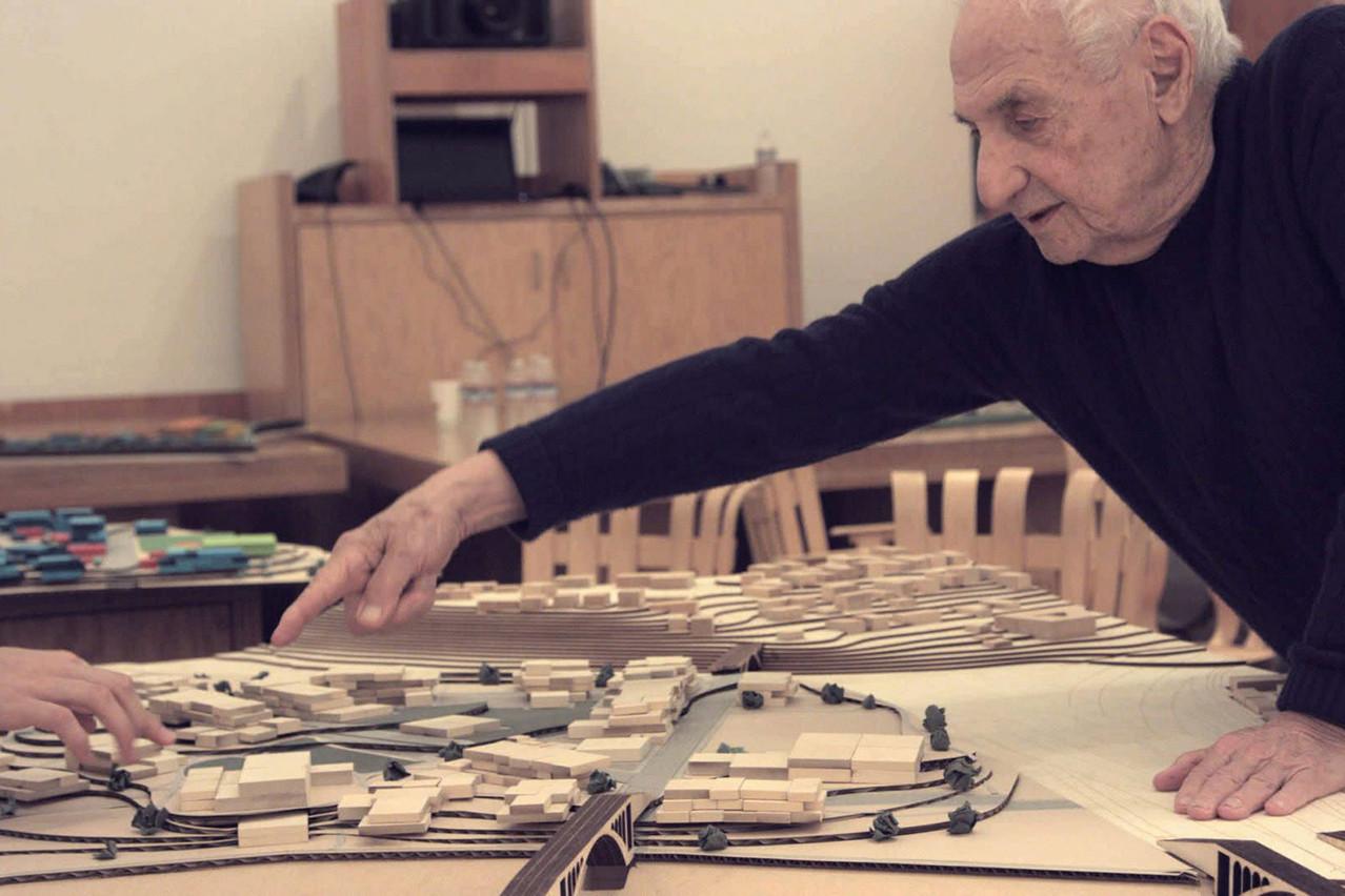 Dans le documentaire d'Ultan Guilfoyle, on découvre comment Frank Gehry imagine la prison de demain. (Photo: DR)
