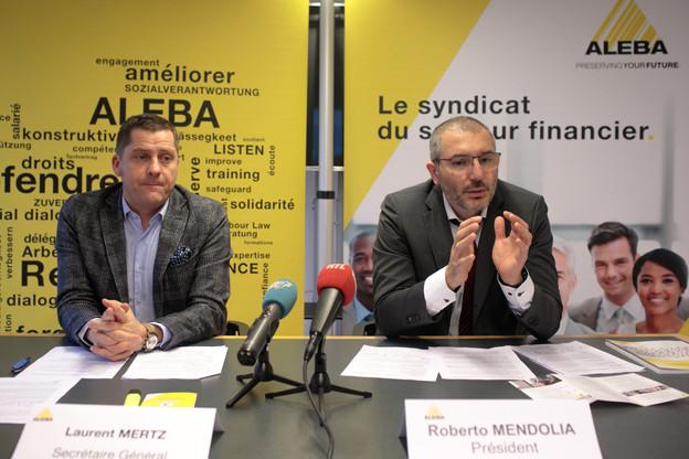 Laurent Mertz et Roberto Mendolia annoncent qu'ils «ne laisseront pas passer» le refus de l'ABBL d'appliquer le 26e jour de congé octroyé par le gouvernement en début d'année 2019. (Photo : Matic Zorman / Maison Moderne)