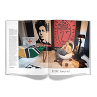 Ce mois-ci, dans «Ma collection», Jean-PhilippeRobert nous partage sa passion pour Jean-Charlesde Castelbajac. ((Photo: Andrés Lejona / Maison Moderne))