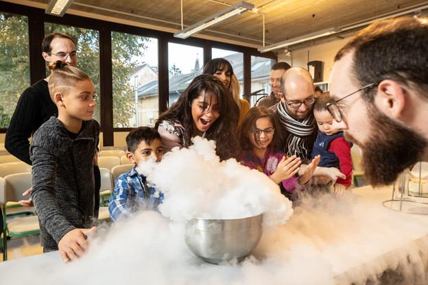 Les fluides, l'électricité, le magnétisme ou encore l'optique, il y en a pour tous les goûts et tous les âges au Luxembourg Science Center à Differdange. (Photo: Claude Piscitelli/LSC)